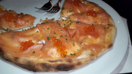 #pizza lovers here's the #gourmet #pizza ala @chefwolfgangpuck #salmon #roe @spagorest