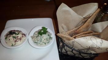 Hummus Ragi Chips