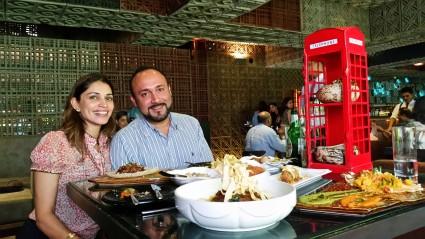 6 Farzi Cafe